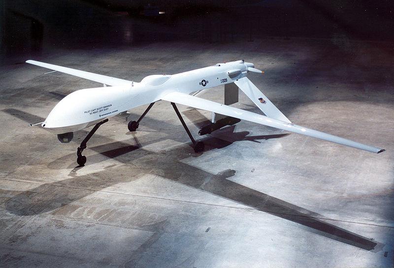800px-General_Atomics_RQ-1A_Predator_USAF